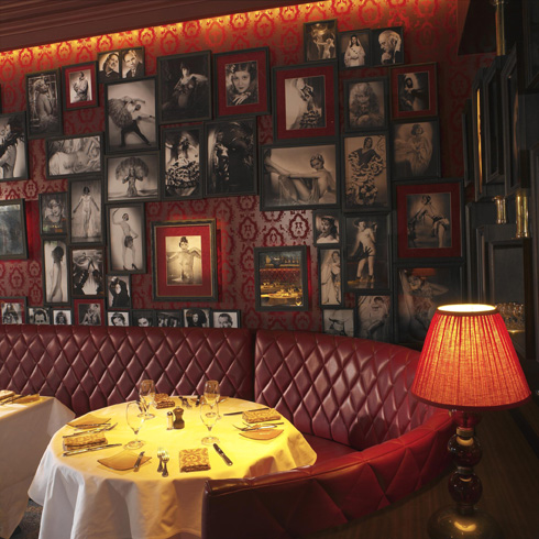 Gourmand Don Juan declares that Strip House is a sure stage for seduction.