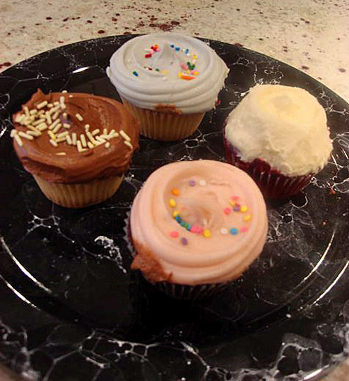 Sugary thrills for some, too much icing for others at Magnolia Bakery. Photo: Sylvie Bigar