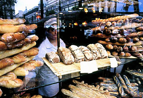 Whoever you are Paul, merci for all your outlets and the addictive baguettes. Photo: Steven Richter